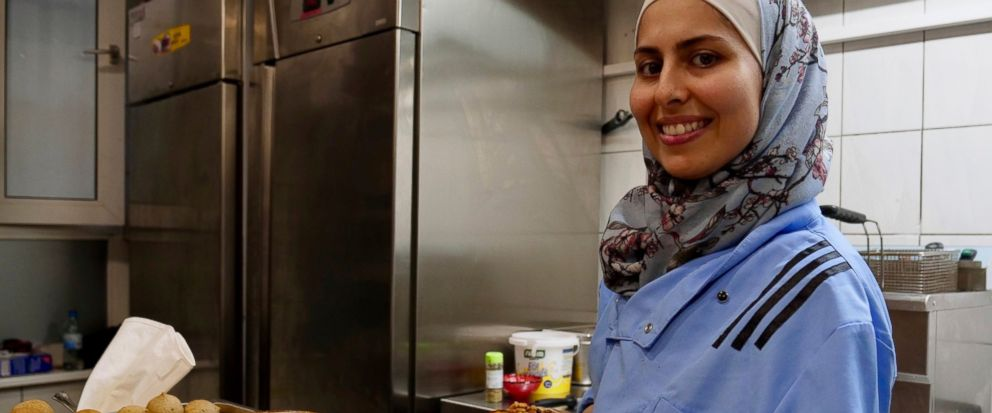 A taste of home: Syrian TV-chef opens restaurant in Berlin