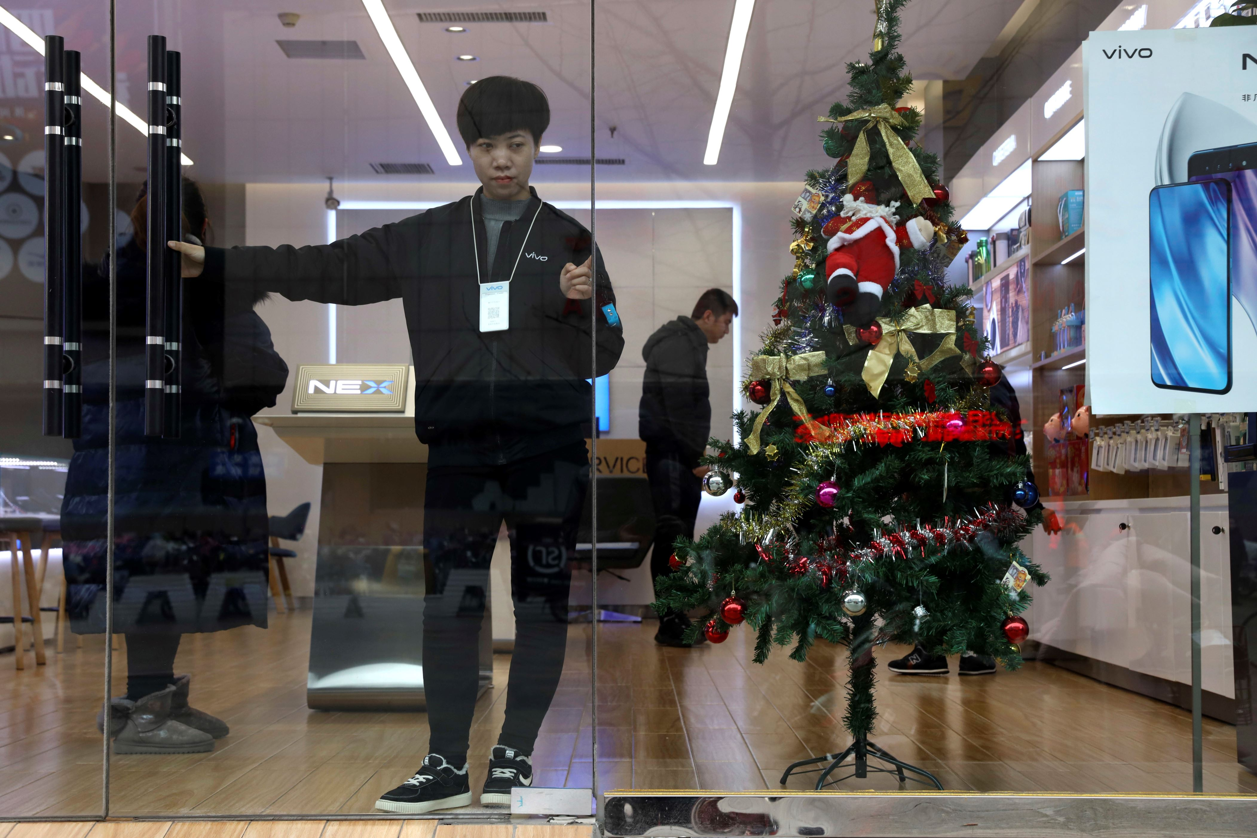 Santa gets pushed out as China's leaders emphasize tradition