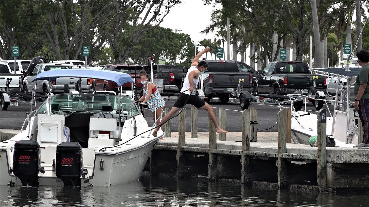 Chit Show at the Docks in Miami ! (BlackPoint Marina)